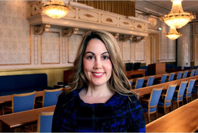 Lia Sandberg berättar om Europa Direkt Sydskånes verksamhet i Lokaltidningen